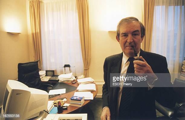 Rendezvous With Terrorism Judge JeanLouis Bruguiere JeanLouis BRUGUIERE de face fumant la pipe debout dans son bureau de la galerie SaintEloi au...