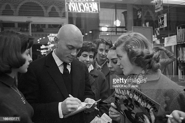 Rendezvous With Yul Brynner In Paris France Paris 4 janvier 1957 l'acteur américain Yul BRYNNER fête la nouvelle année dans la capitale française Ici...