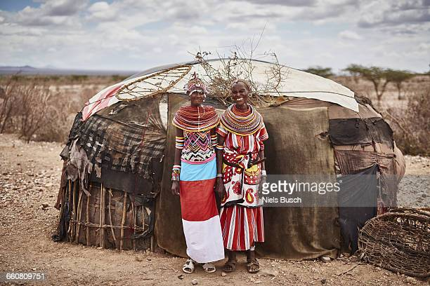 rendille woman portrayed in front of there home - african tribal culture stock pictures, royalty-free photos & images
