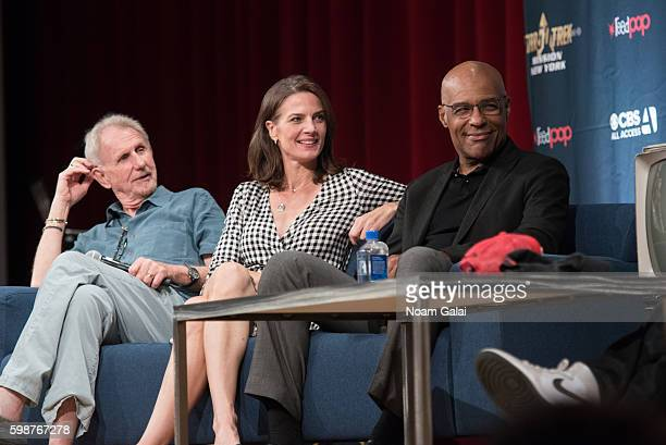 Rene Auberjonois Terry Farrell and Michael Dorn speak onstage at the Star Trek Mission New York at The Jacob K Javits Convention Center on September...
