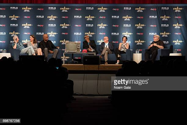 Rene Auberjonois Terry Farrell Michael Dorn Cirroc Lofton Armin Shimerman Nana Visitor and Jordan Hoffman speak onstage at the Star Trek Mission New...