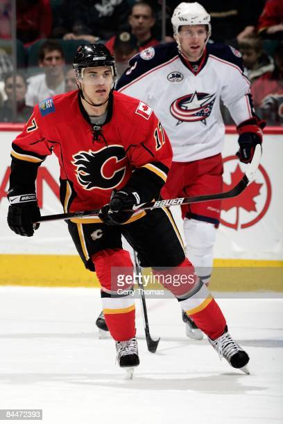 Rene Bourque of the Calgary Flames skates against the Columbus Blue Jackets on January 21 2009 at Pengrowth Saddledome in Calgary Alberta Canada The...