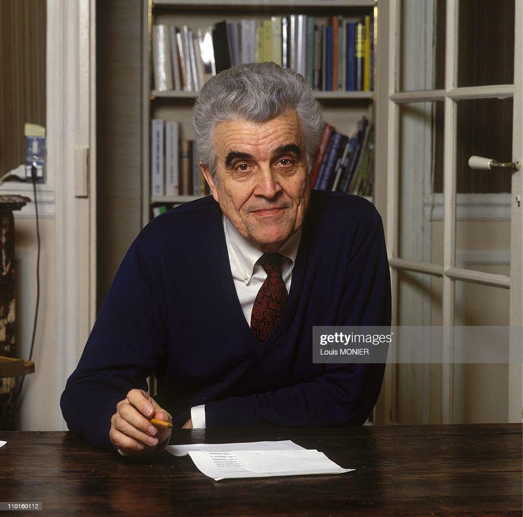 (Archives): Rene Girard, Writer In France On December 01, 1990. : News Photo