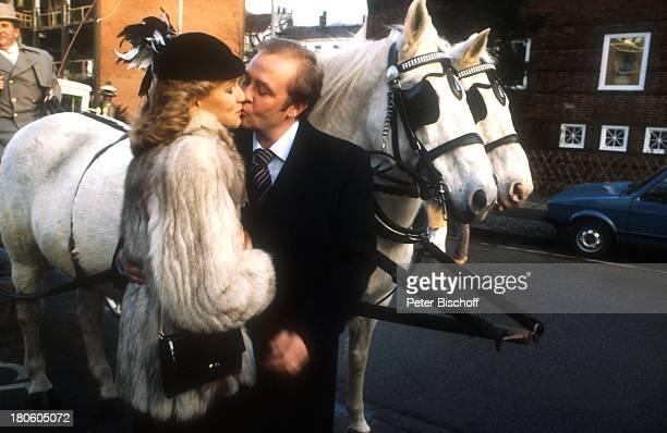 Rene Kollo Beatrice Bouquet Hochzeit Pferde Schimmel Kuß Kuss /GT