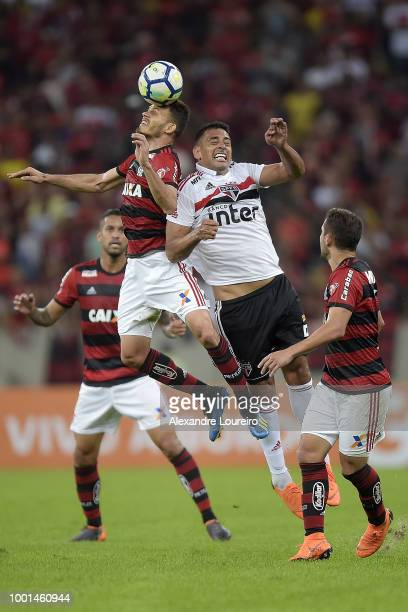 Rene of Flamengo struggles for the ball with Diego Souza of Sao Paulo during the match between Flamengo and Sao Paulo as part of Brasileirao Series A...