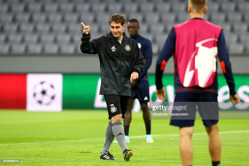 Rene Weiler, manager of RSC Anderlecht points during an RSC Anderlecht training session ahead of the UEFA Champions League Group B match against Bayern Muenchen at Fussball Arena Muenchen on September 11, 2017 in Munich, Germany.