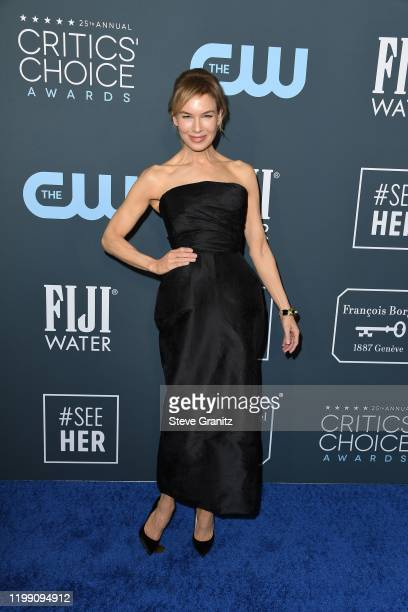 Renée Zellweger attends the 25th Annual Critics' Choice Awards at Barker Hangar on January 12, 2020 in Santa Monica, California.