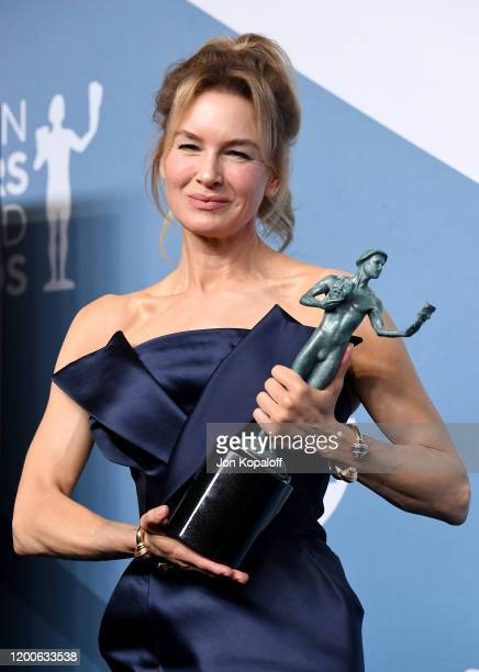 Renée Zellweger, winner of Outstanding Performance by a Female Actor in a Leading Role for 'Judy' poses in the press room during the 26th Annual...