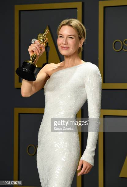 "Renée Zellweger, winner of the Actress in a Leading Role award for ""Judy,"" poses in the press room during the 92nd Annual Academy Awards at Hollywood..."