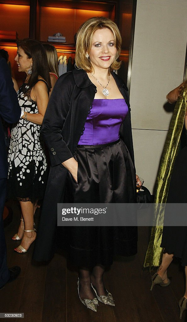 Renee Fleming poses during her private Asprey dinner party at Asprey's flagship store in Bond Street July 12, 2005 in London, England.