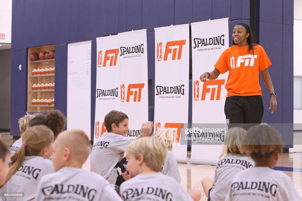 WNBA FIT Clinic with the Minnesota Lynx : News Photo