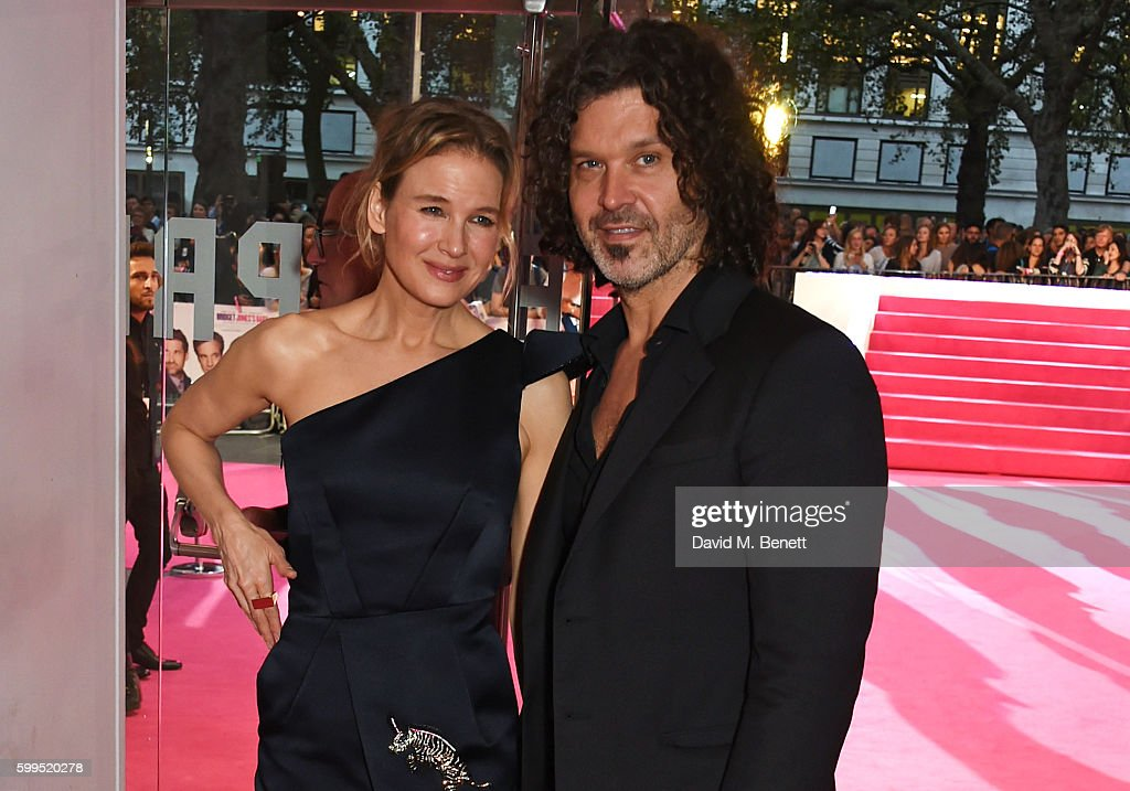 """Bridget Jones's Baby"" - World Premiere - VIP Arrivals : News Photo"