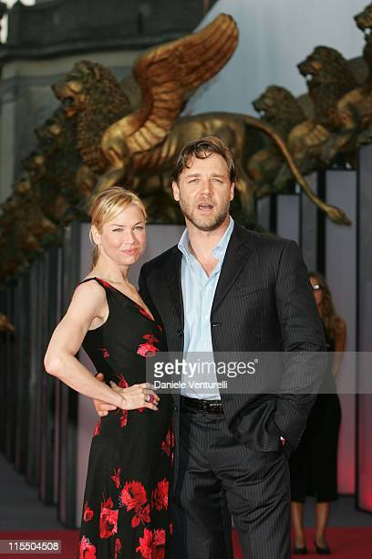 Renee Zellweger and Russell Crowe during 2005 Venice Film Festival 'Cinderella Man' Premiere at Palazzo del Cinema in Venice Lido Italy