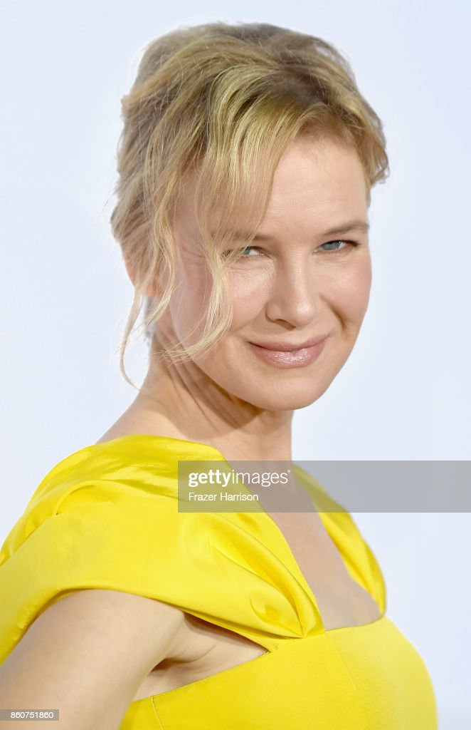 Renee Zellweger, arrives at the Premiere Of Paramount Pictures And Pure Flix Entertainment's 'Same Kind Of Different As Me' at Westwood Village Theatre on October 12, 2017 in Westwood, California.