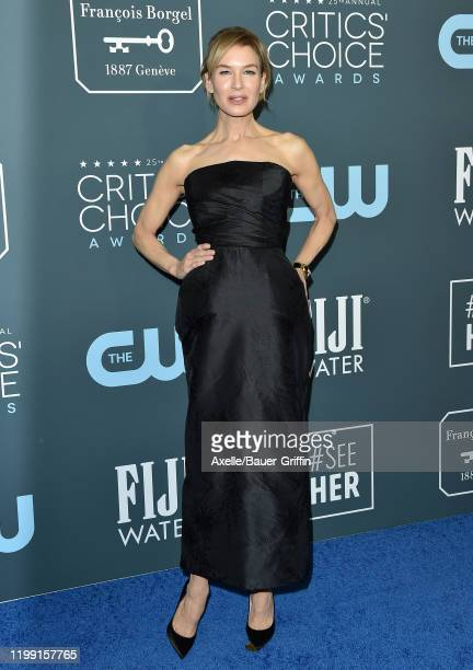 Renee Zellweger attends the 25th Annual Critics' Choice Awards at Barker Hangar on January 12, 2020 in Santa Monica, California.