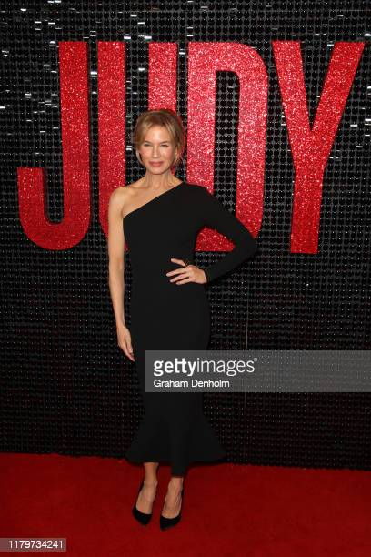 Renee Zellweger attends the Australian premiere of Judy at The Capitol on October 08, 2019 in Melbourne, Australia.