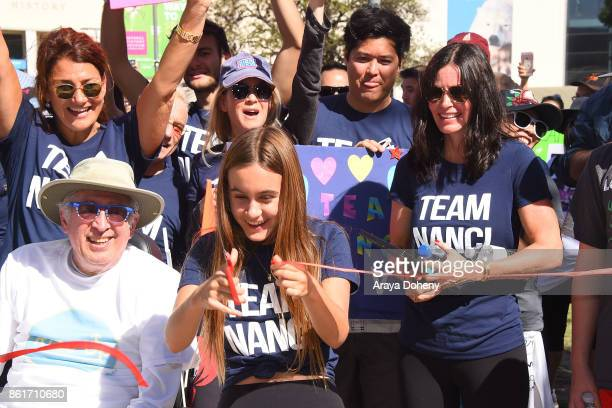 Renee Zellweger Coco Arquette and Courteney Cox attend the 15th Annual LA County Walk To Defeat ALS with Nanci Ryder 'Team Nanci' at Exposition Park...