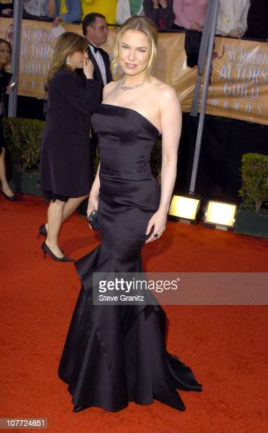 Renee Zellweger during 10th Annual Screen Actors Guild Awards - Arrivals at Shrine Auditorium in Los Angeles, California, United States.