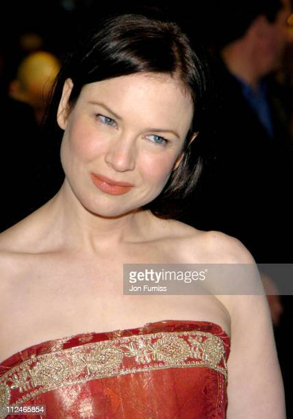 Renee Zellweger during Bridget Jones The Edge of Reason London Premiere Inside Arrivals at Odeon Leicester Square in London Great Britain