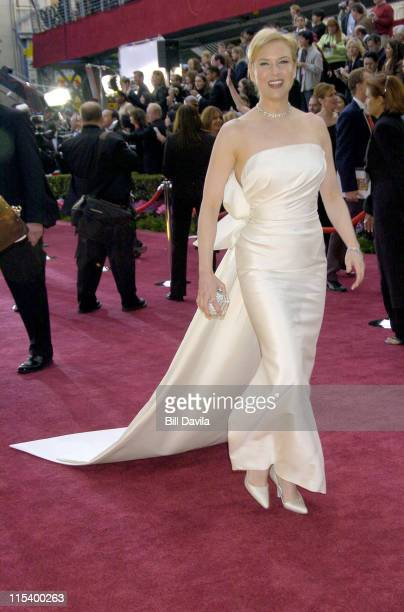 Renee Zellweger during The 76th Annual Academy Awards - Arrivals by Bill Davila at Kodak Theater at Hollywood and Highland in Hollywood, California,...