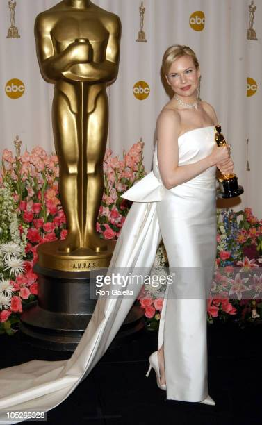 """Renee Zellweger, winner of Best Supporting Actress for """"Cold Mountain"""""""