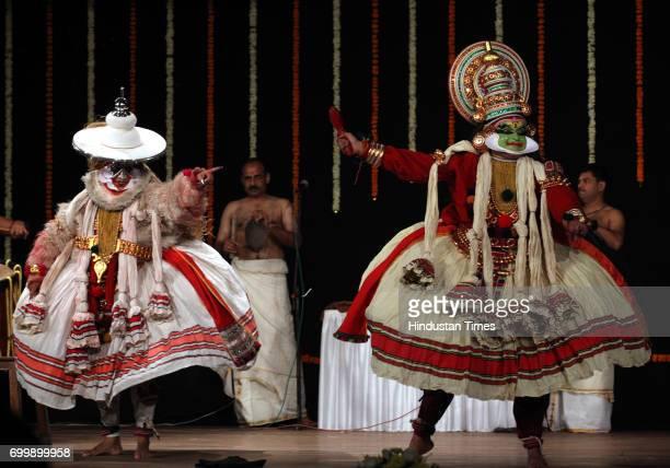 Renjish Nair performance Kathakali at Jaya Smirti organized by Hema Malini at Ravindra Natya Mandir in Mumbai on Saturday