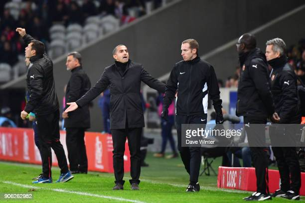 Rennes coach Sabri Lamouchi complains to the fourth official Remi Landry during the Ligue 1 match between Lille OSC and Stade Rennais at Stade Pierre...