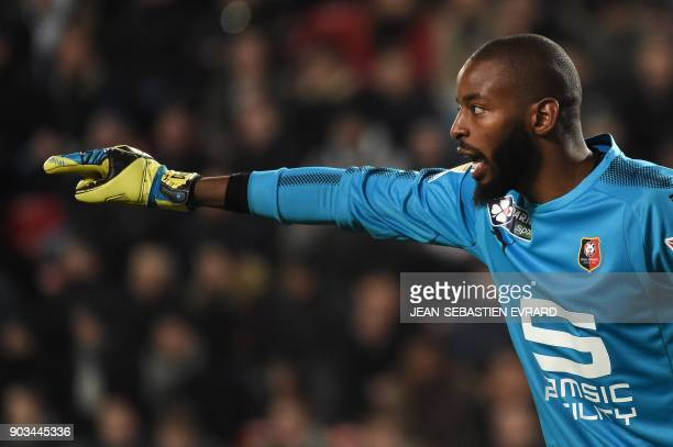Rennes' French goalkeeper Abdoulaye Diallo gestures during the French League Cup football match between Rennes and Toulouse on January 10 2018 at the...