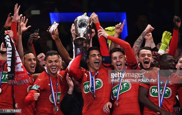 Rennes' players celebrate after winning the French Cup final football match between Rennes and Paris Saint-Germain , on April 27, 2019 at the Stade...