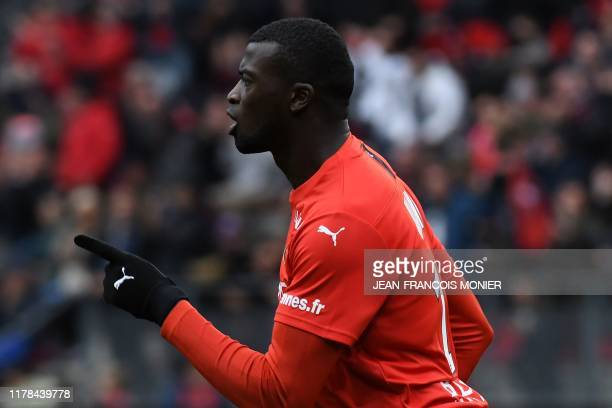 Rennes' Senegalese forward Mbaye Niang celebrates after scoring during the French L1 football match between Stade Rennais Football Club and Toulouse...
