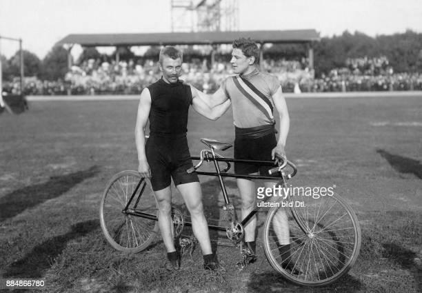 *07031877 Rennfahrer Dänemark Bei der RadWeltmeisterschaft in Berlin Julius Kricheldorff Originalaufnahme im Archiv von ullstein bild