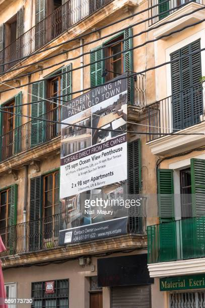 Renovated apartments and businessl units below in the historic centre of Palma de Mallorca