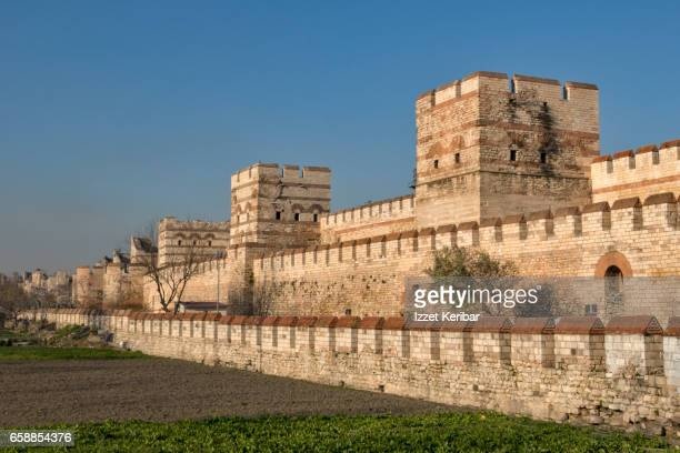 Renovated Byzantine city walls, near Yedikule, Istanbul, Turkey 'n