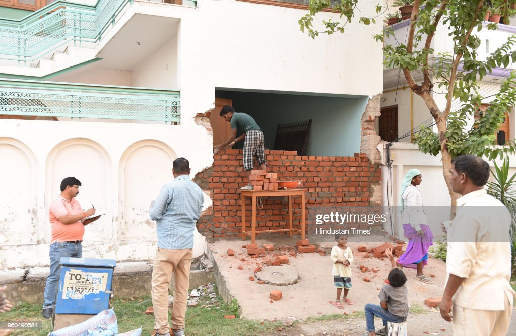 Union Home Minister Rajnath Singhs Lucknow Old House Under Renovation