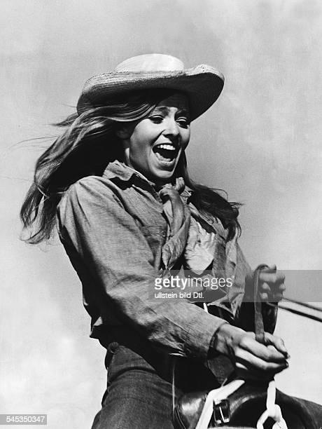 Renzi Eva *Schauspielerin D in dem Abenteuerfilm Die Schurken vom Bolivar USA 1968