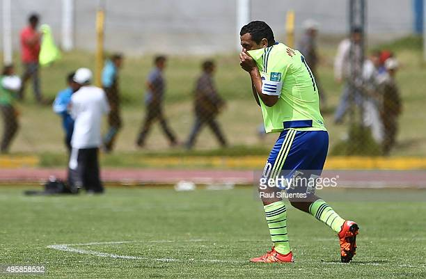 Renzo Sheput of Sporting Cristal celebratesafter scoring the first goal of his team against Sport Huancayo during a match between Sport Huancayo and...