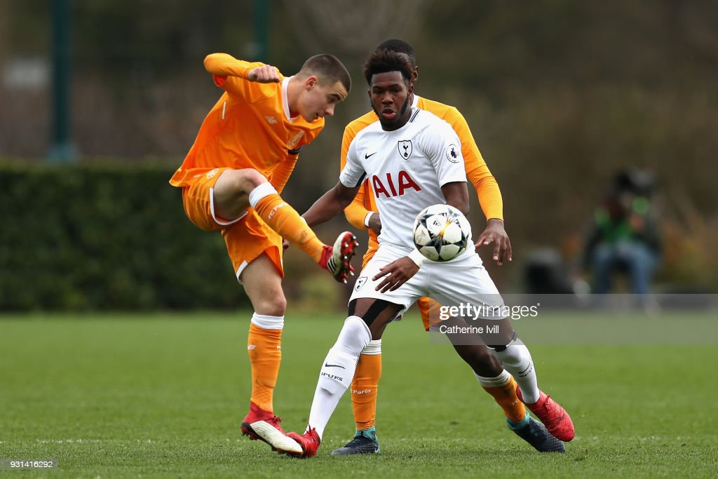 Reo Griffiths of Tottenham Hotspur and Paulo Estrela of FC Porto during the UEFA Youth League group H match between Tottenham Hotspur and FC Porto at on March 13, 2018 in Enfield, United Kingdom.