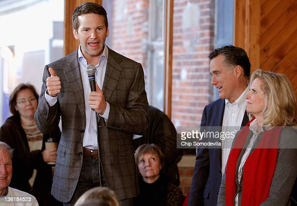 Rep Aaron Schock tells an audience at Elly's Tea and Coffee why he is endorsing former Republican presidential candidate and former Massachusetts Gov...