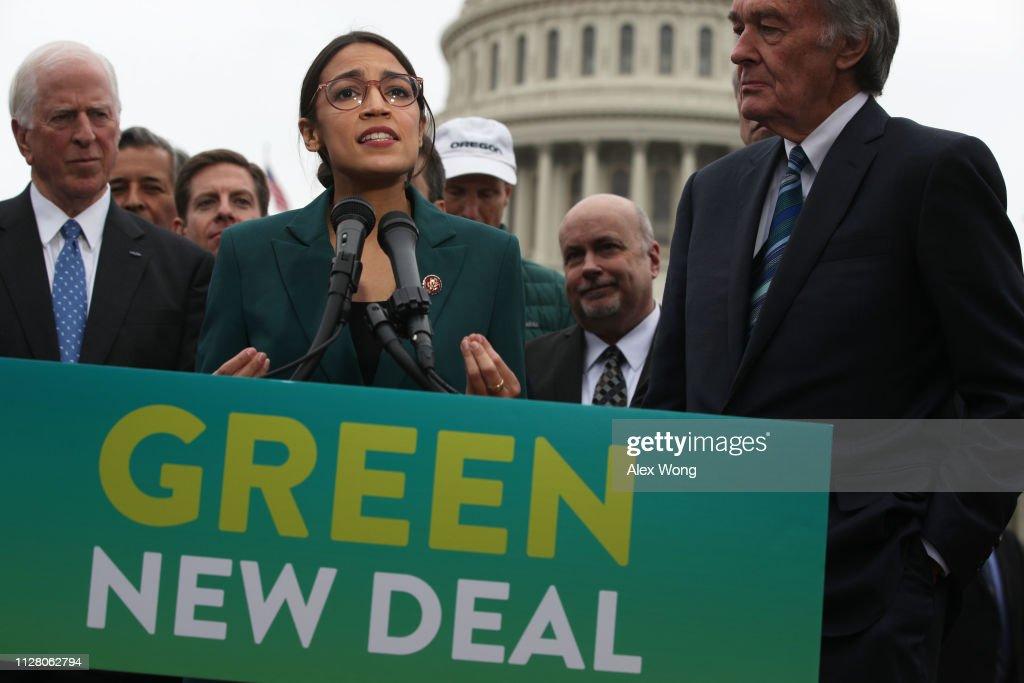 Democratic Lawmakers Rep. Alexandria Ocasio-Cortez And Sen. Ed Markey Unveil Their Green New Deal Resolution : News Photo