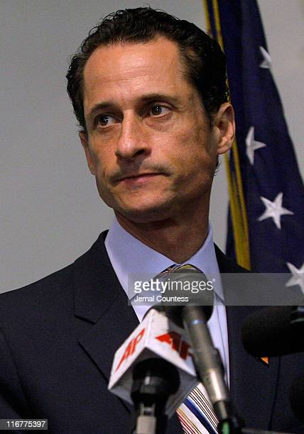 S Rep Anthony Weiner announces his resignation on June 16 2011 at the Council Center for Senior Citizens in the Brooklyn borough of New York City The...