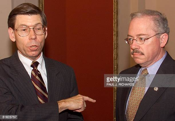 Rep Bill McCollum points to US Rep Bob Barr as they brief the press following the third day of the US Senate impeachment trial of US President Bill...