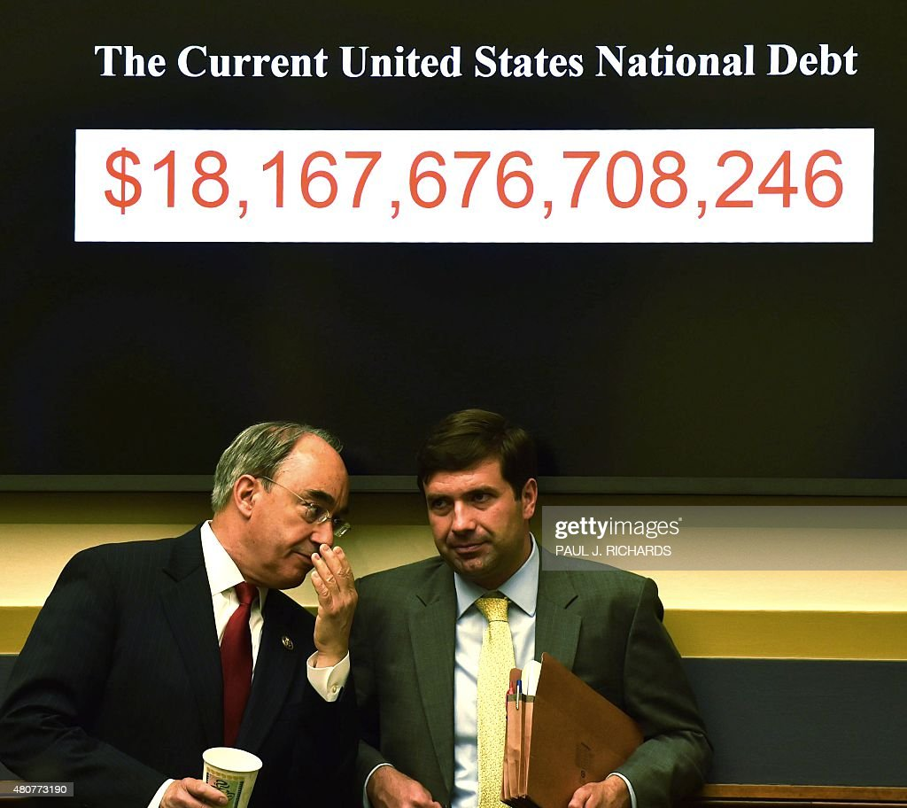 US-ECONOMY-BANK-RATE : News Photo