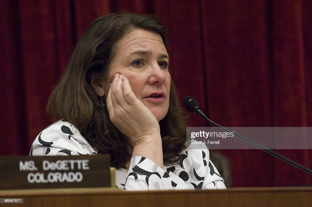 House Panel Considers Food Safety Bill : News Photo