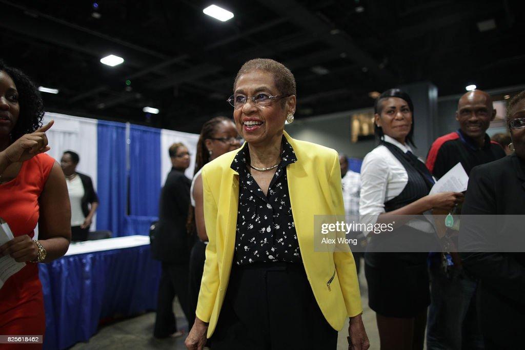 Rep. Eleanor Holmes Norton  Hosts Hosts Annual Job Fair In The Washington Convention Center