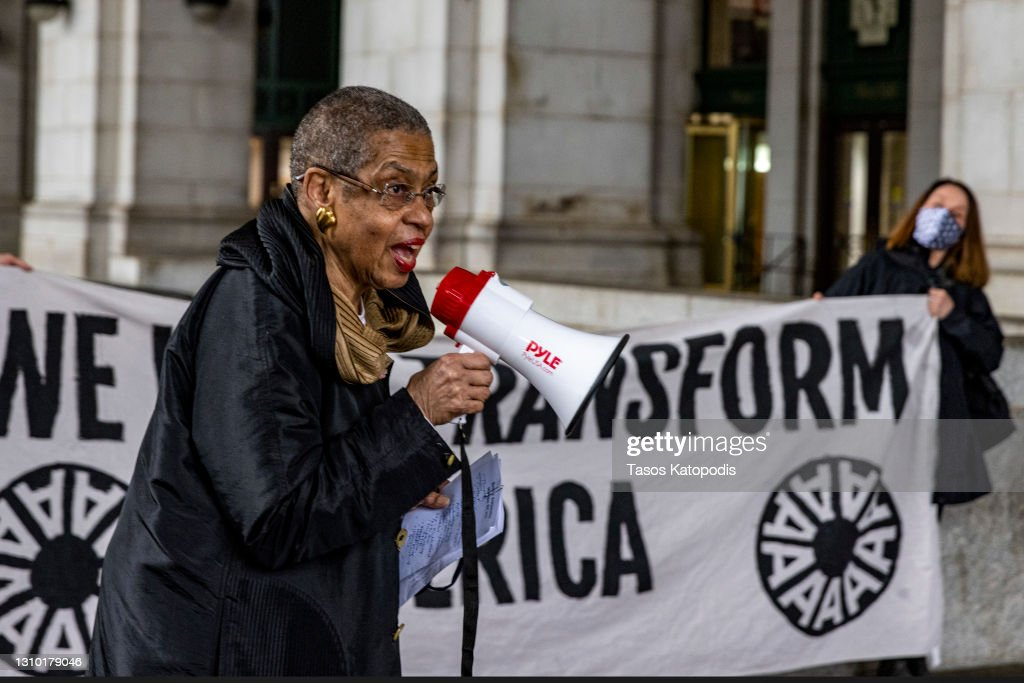Residents Of Washington DC Take Action For An Economic Recovery And Infrastructure Package Prioritizing Climate, Care, Jobs, And Justice, Call On Congress To Pass The THRIVE Act : News Photo