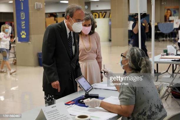 S Rep Eliot Engel votes with his wife Patricia at a school near their home on June 23 2020 in the Riverdale neighborhood of the Bronx borough of New...