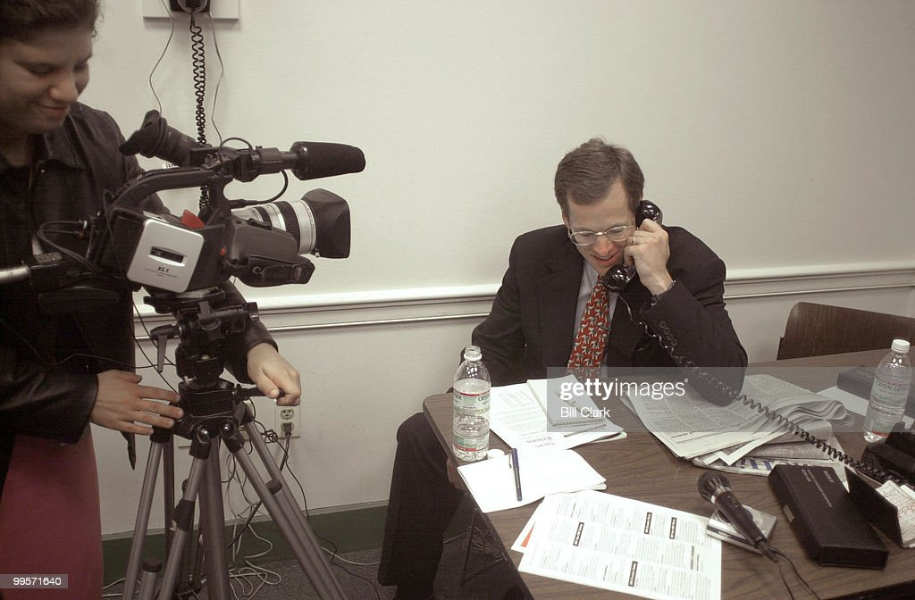 Rep  Jack Kingston does a radio interview over the phone as