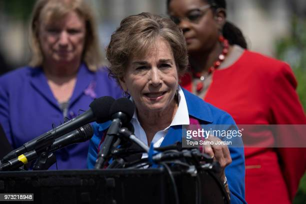 Rep Jan Schakowsky speaks during a news conference on immigration to condemn the Trump Administration's 'zero tolerance' immigration policy outside...