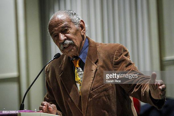 S Rep John Conyers speaks at a town hall meeting for Congressman Keith Ellison at the Church of the New CovenantBaptist on December 22 2016 in...