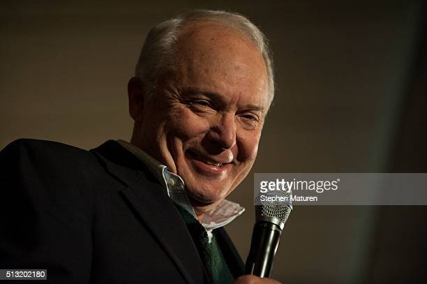 Rep John Kline introduces Republican presidential candidate Sen Marco Rubio to a crowd of supporters Courtyards of Andover Event Center in Andover MN...